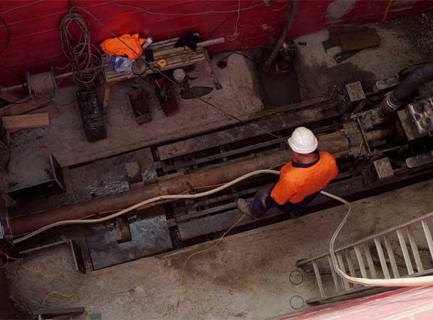 Pezzimenti Tunnelbore Microtunneling Operator