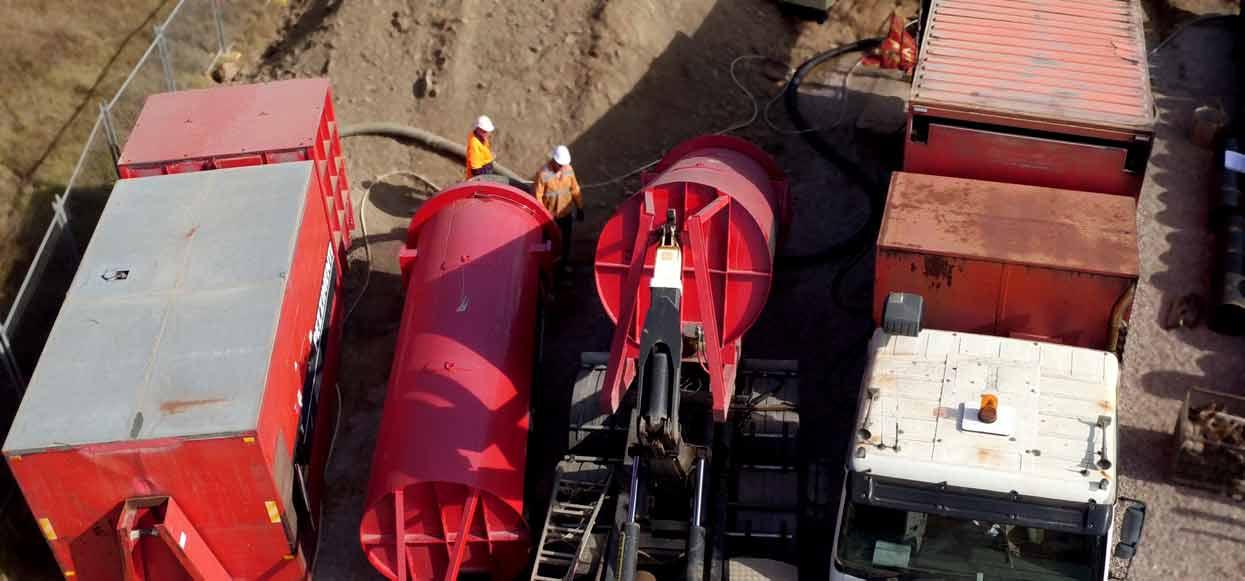 Pezzimenti Tunnelbore Microtunnelling Equipment Layout Vacuum Unit Water Bins and Gantry Truck