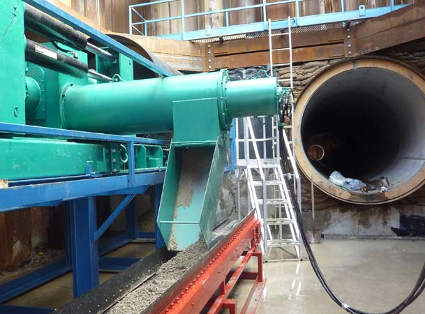 Microtunneling Auger Spoil extracted by conveyor belt