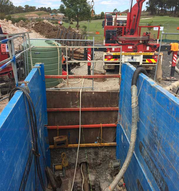 Colebee Pezzimenti Microtunnelling Shaft and site equipment