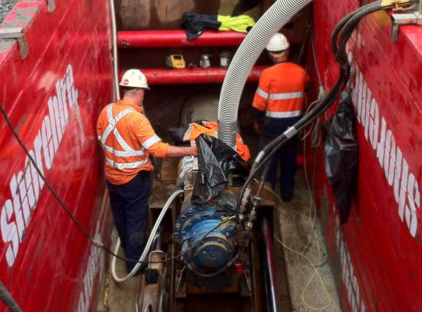 Rootyhill Microtunneling Under Railway Pipejacking