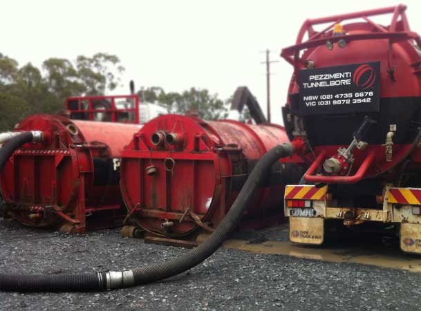Rootyhill Microtunneling Under Railway Water Bins and Vacuum Truck