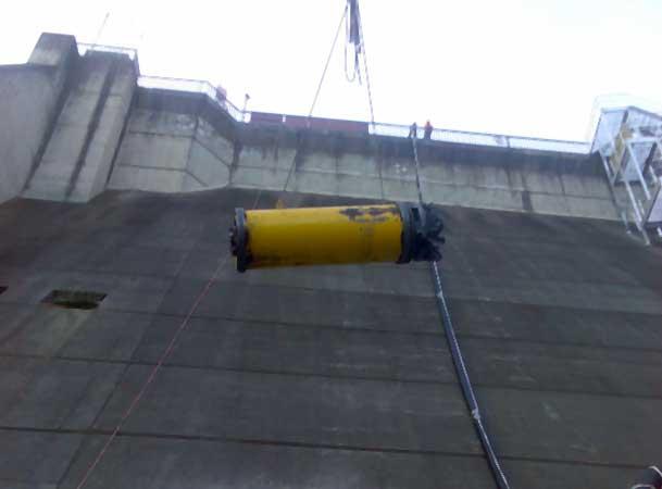 Tallowa Dam Microtunneling Head being craned in
