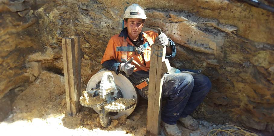 Driller Jason claims Pezzimenti Tunnelbore's 1000th Microtunnel