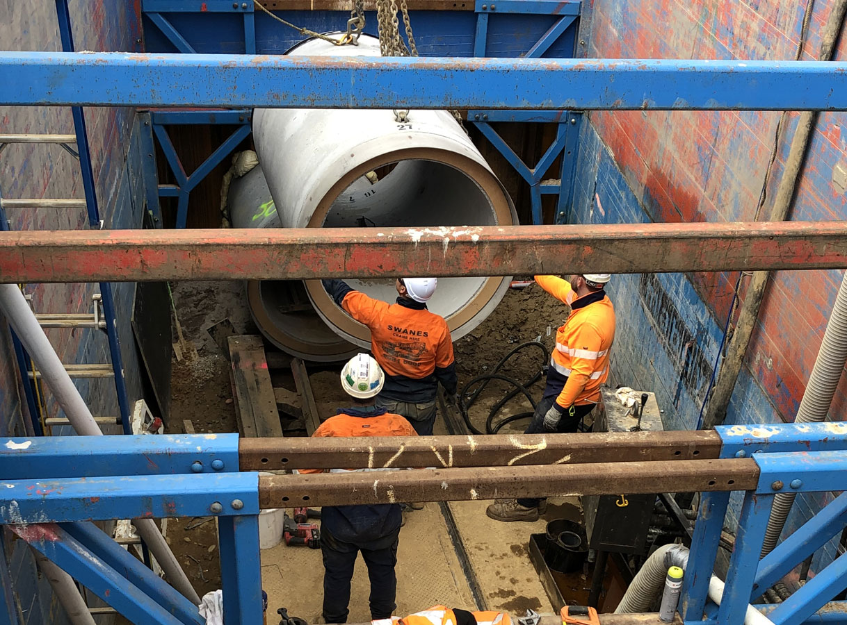 Penrith Open Faced Shield Microtunnelling Craning into Shaft